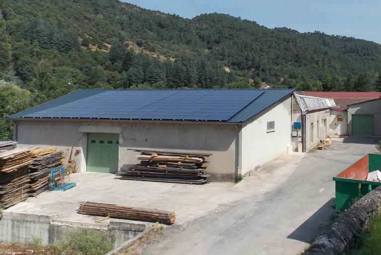 Toiture mise à disposition de la SCIC CVVE pour une installation photovoltaïque