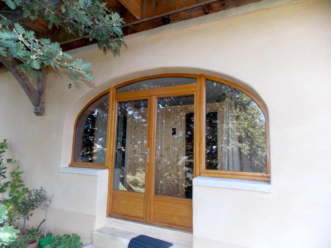 Porte fenetre sur mesure en bois