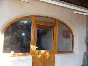 Porte fenêtre en bois